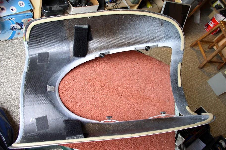 Waw : Améliorations du toit => bruit, fuites, sécurité P1010029