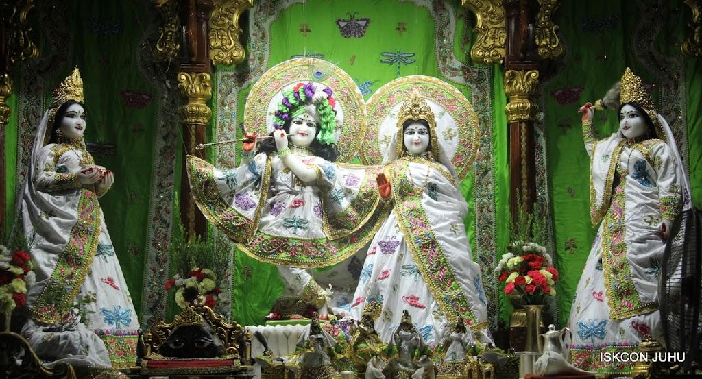 ISKCON Juhu Mangal Deity Darshan on 26th June 2016 (22)