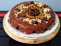 Easiest Vegan Chocolate Frosting (Paleo, Refined Sugar-Free).jpg
