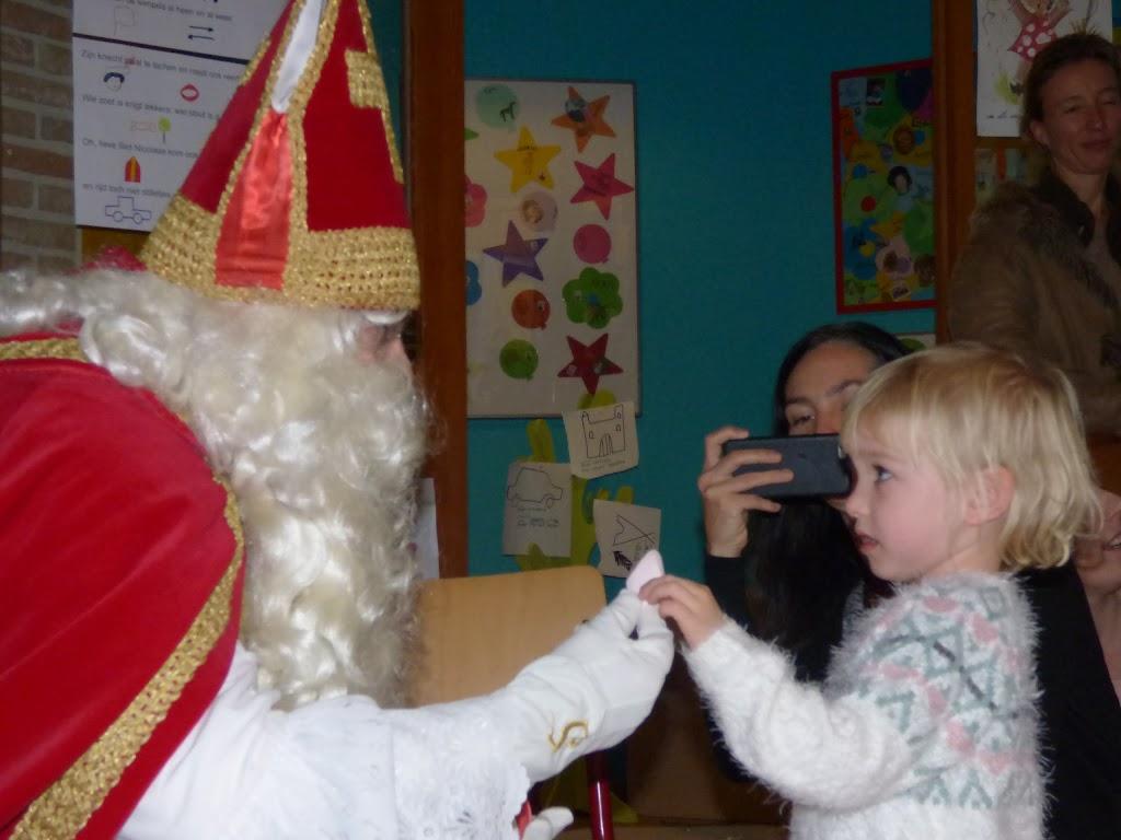 Sinterklaas op bezoek - P1060518.JPG