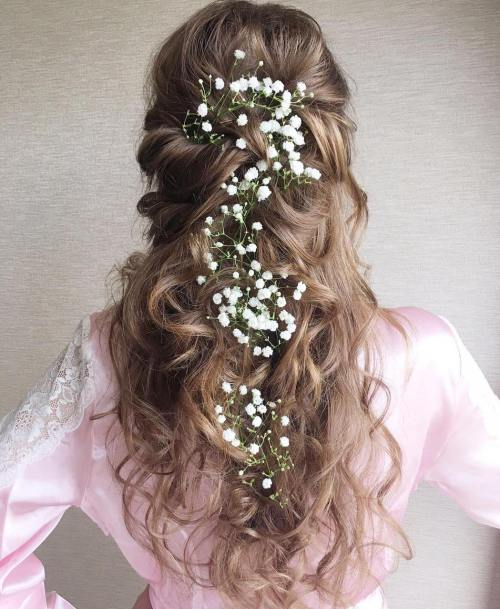 How about curly bridal hairstyles for your big day? 1