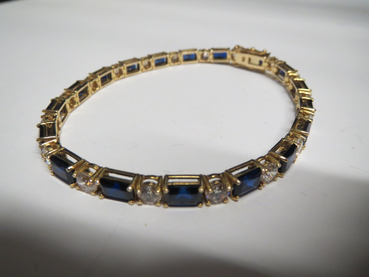 14kt and Stone Bracelet in Blue