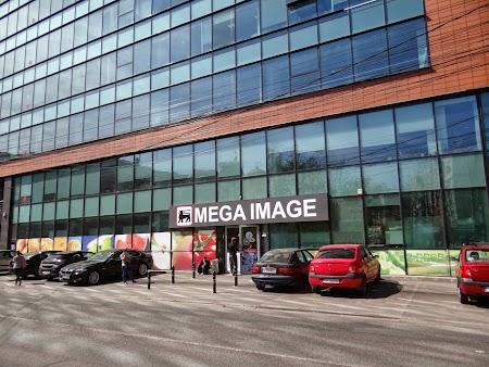11. Mega Image Calarasilor.JPG