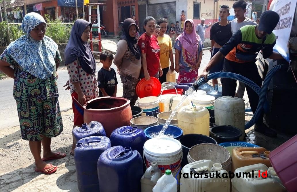 8 Kecamatan di Sukabumi Kekeringan ACT MRI Distribusikan Air Bersih Bagi Warga Parungkuda
