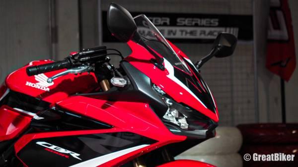 Honda CBR500R,2022 Honda CBR500R,Honda CBR500R 2022,honda cbr500r,honda cbr 500r price,honda cbr 500r top speed,honda cbr 500r seat height,honda cbr500r 2021