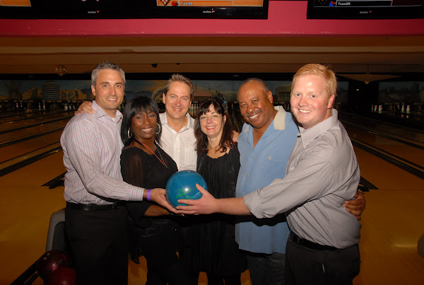 KiKi Shepards 8th Annual Celebrity Bowling Challenge (2011) - DSC_0691.JPG