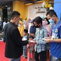 SMK Migas Balongan Buka Puasa & Beri Santunan Anak Yatim/Piatu