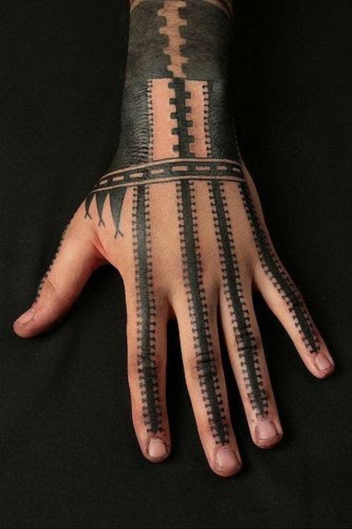 mao_tatuagens_mais_legais_projetos_do_tattoo_10