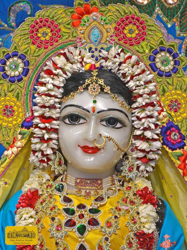 ISKCON Hare Krishna mandir Ahmedabad  05 Jan 2017 (3)