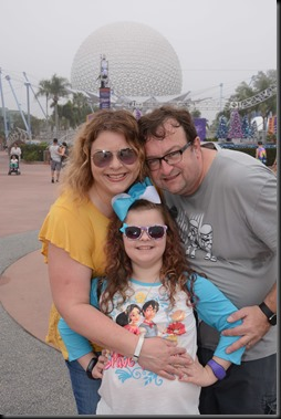 PhotoPass_Visiting_EPCOT_407363026425