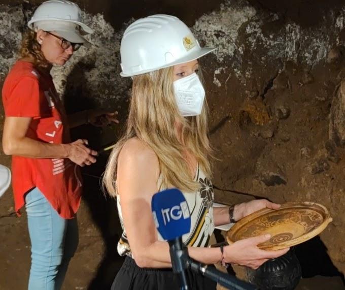 Αγγείο με παραστάσεις  του  Έλληνα «Ζωγράφου των Χελιδόνων»  βρέθηκε σε τάφο  πρίγκιπα στο Vulci