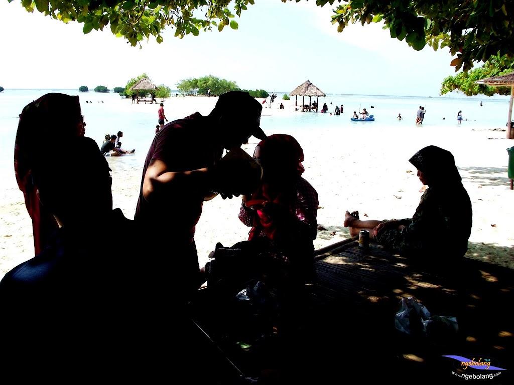 family trip pulau pari 090716 Fuji 061