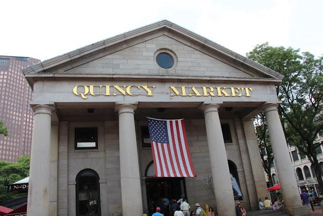 2013 - IMG_3975_Quincy_Market.JPG