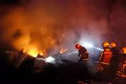 Gedung Kemensos Terbakar, Puluhan Mobil Damkar Dikerahkan