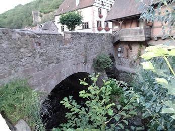 2017.08.23-098 pont fortifié
