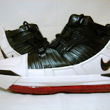 Nike Zoom LeBron III Showcase