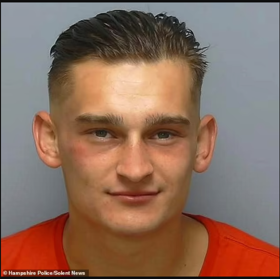 Police issue urgent appeal to find thief they released from jail by mistake before his sentencing