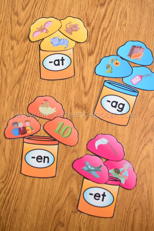 PLAYDOUGH CVC FAMILY SORTING ACTIVITY