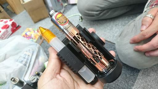 DSC 6503 thumb%255B2%255D - 【バッテリー/充電器】「NITECORE Superb Charger SC4」(ナイトコア・スーパービーチャージャー・エスシーフォー)レビュー。3A*2で最大6A給電可能な最強充電器!【VAPE/電子タバコ/アクセサリ】