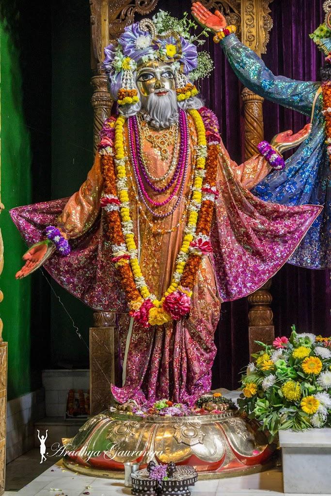 ISKCON Mayapur Deity Darshan 14 Jan 2017 (22)