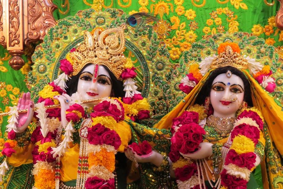 ISKCON Vallabh vidhyanagar Deity Darshan 11 jan 2017 (3)
