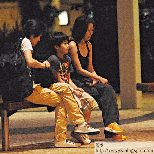 關淑怡向來不抗拒跟兒子出街,兩母子感情要好。圖片