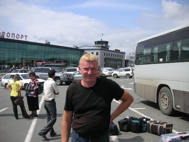 Yuri Berezhnoi à l'aéroport de Vladivostok, 17 juillet 2010. Photo : J. Michel