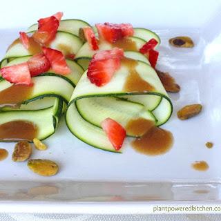 """Magical"" Oil-Free Vegan Salad Dressing! (gluten-free)."