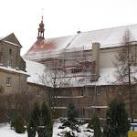 2011.01.02.-Nowy dach na kościele.JPG