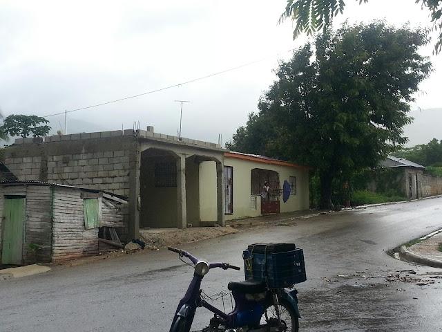 VAGUADA PROVOCANDO AGUACEROS Y SE MANTIENEN ALERTAS METEOROLOGICOS EN VARIAS PROVINCIAS