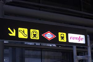 Madrid Airport Metro Sign