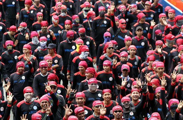 Cegah Covid-19 Makin Meluas, Pemerintah Harus Segera Meliburkan Buruh