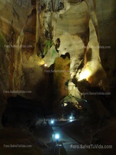 La cueva de las calaveras, Benidoleig, Alicante DSC05879