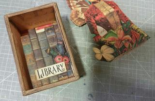 Habitáculo con la biblioteca