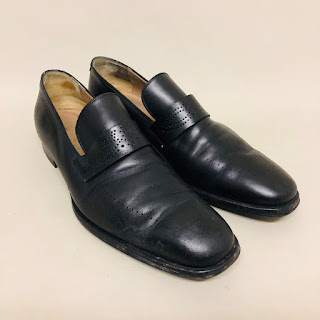 Gucci Leather Strap Loafers