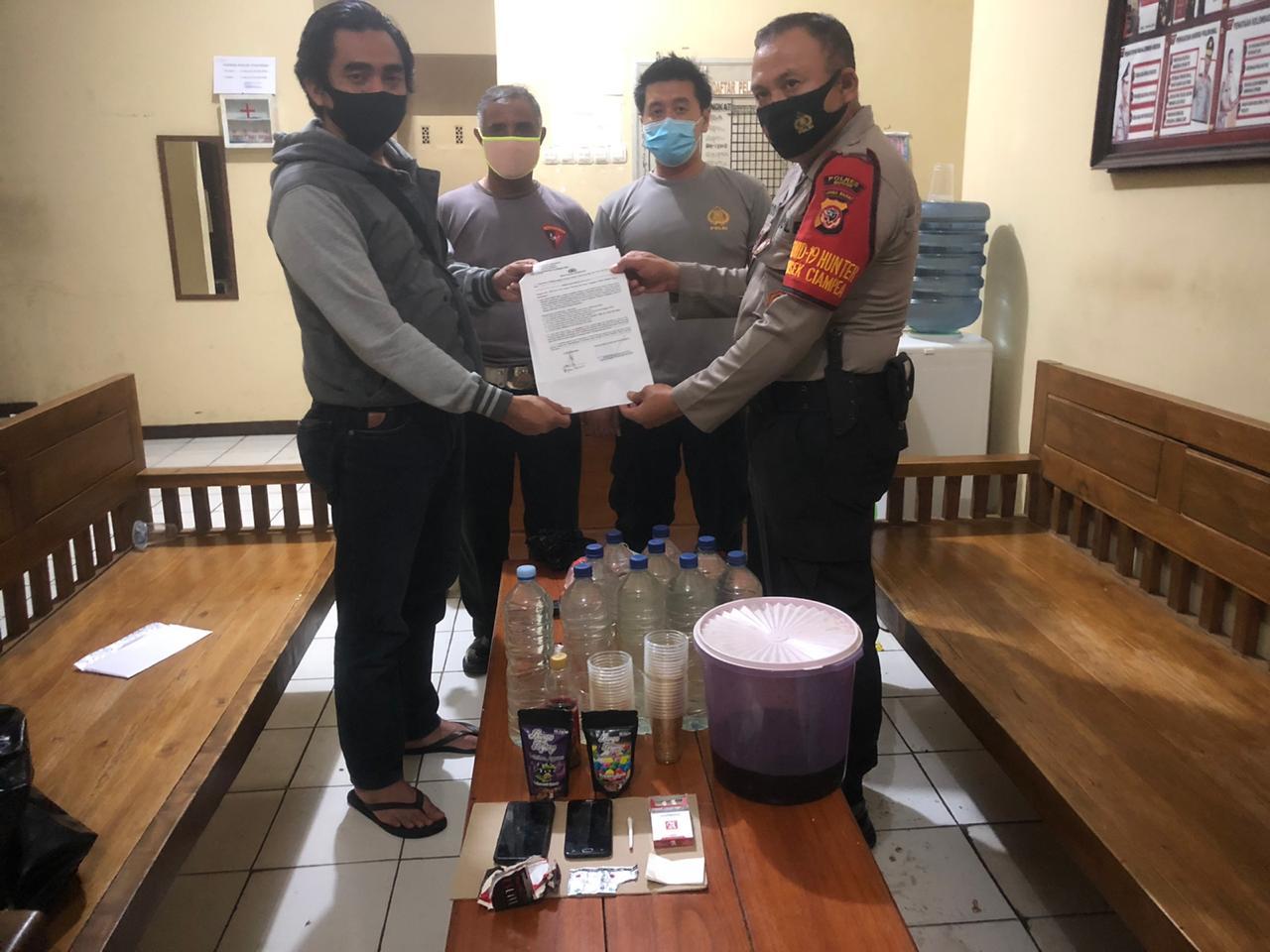 Polres Bogor Polda Jabar Gerebek 33 Muda Mudi yang Sedang Pesta Narkoba