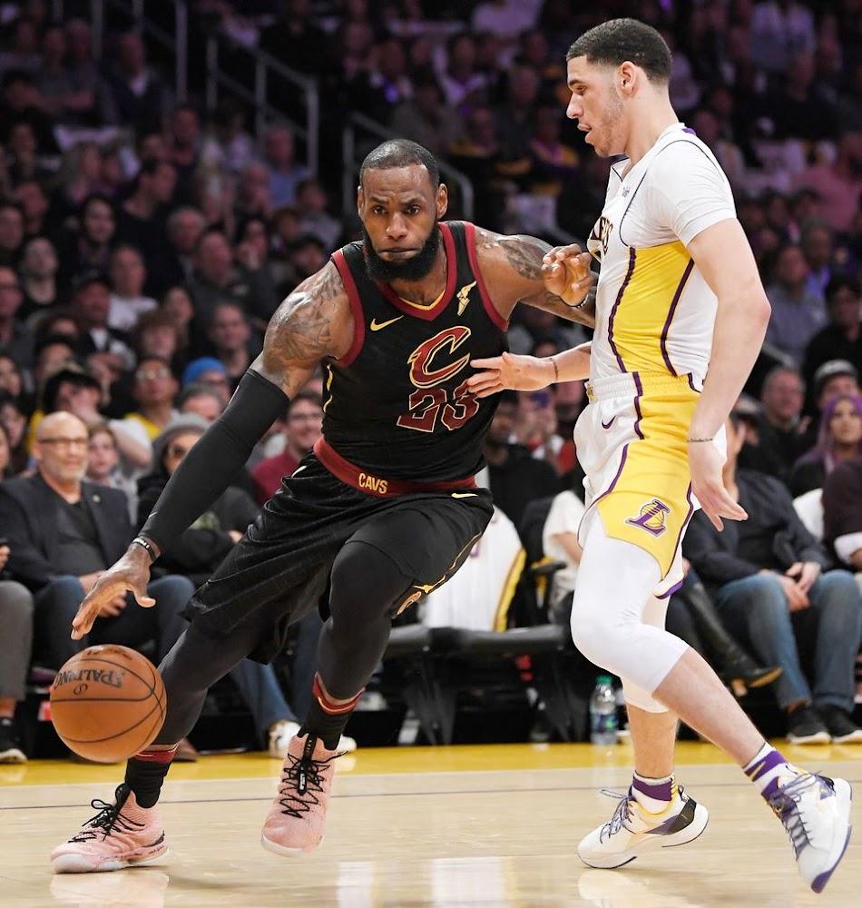 cb5fdde5ce7 ... King James Debuts AllStar Nike LeBron XV in LA ...