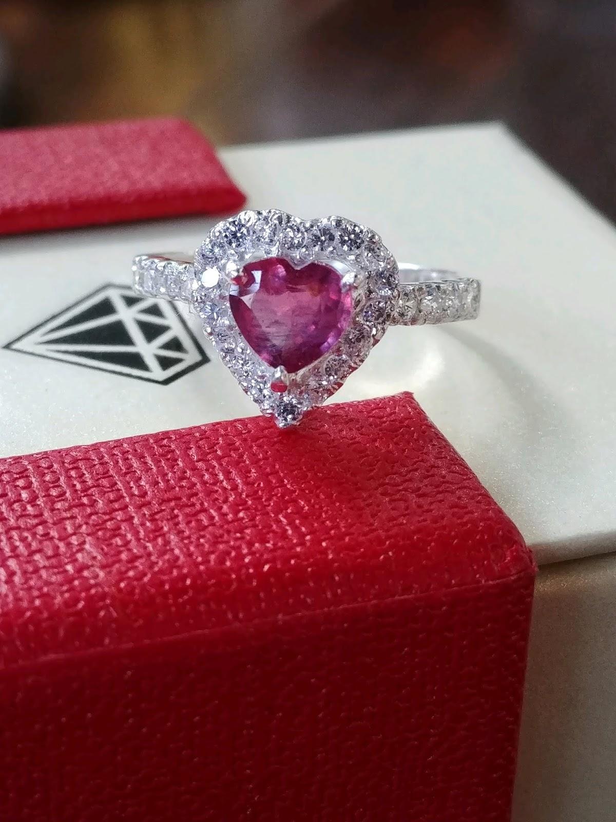 Nhẫn nữ đá Ruby thiên nhiên hình trái tim, bạc 925