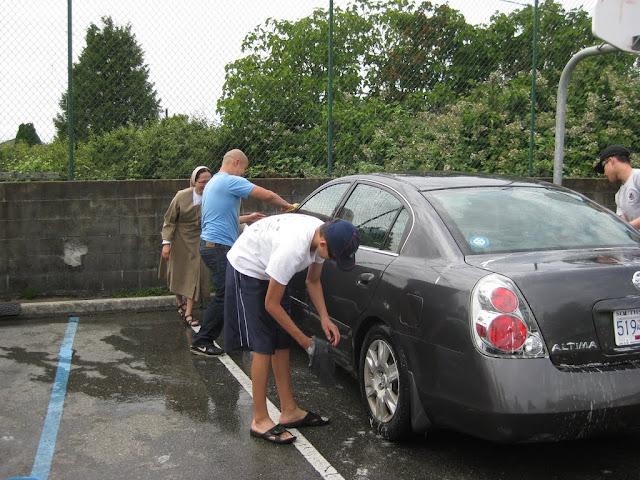 Altar Servers Car Wash 2011 - IMG_5851.jpg