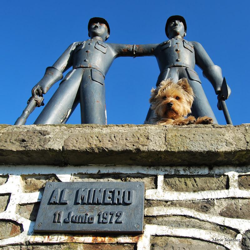 Monumento al minero, alto La Colladiella