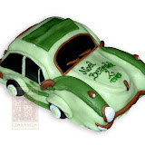 27. kép: Formatorták (fiúknak) - Zöld autótorta sötét üveggel