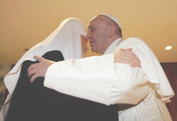 El abrazo del Papa y el Patriarca