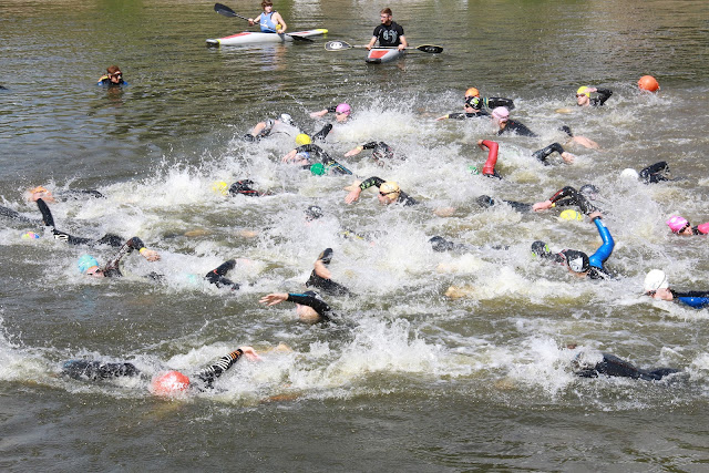 1/8e triatlon in Roeselare: zwemmen