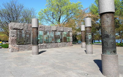 New Deal Pillars and Mural in FDR Memorial