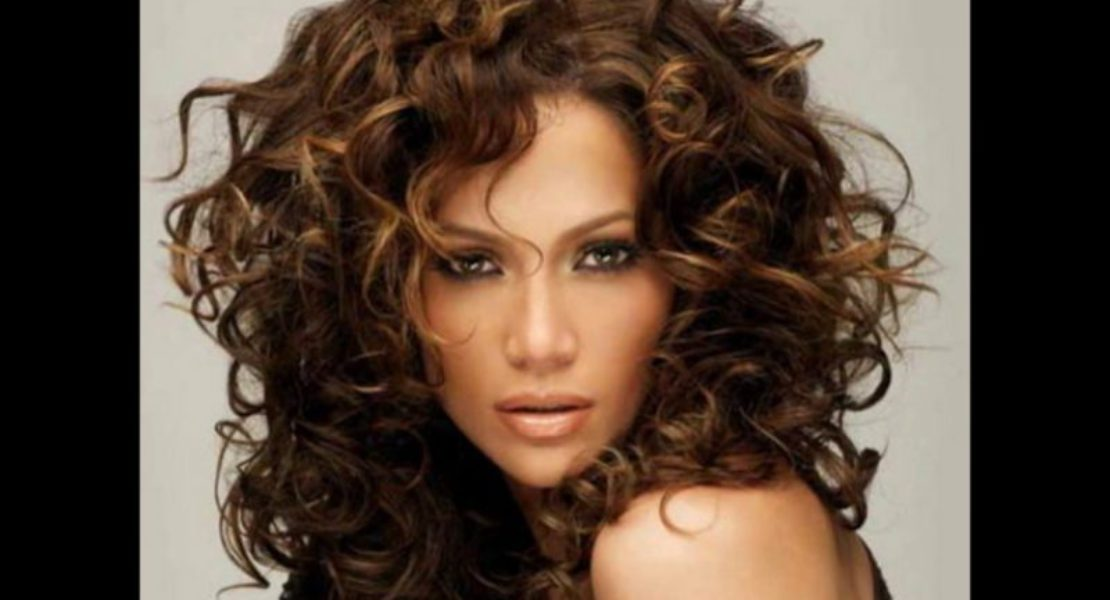 LATEST STYLES OF DARK BROWN HAIR FOR PRETTY WOMEN 2