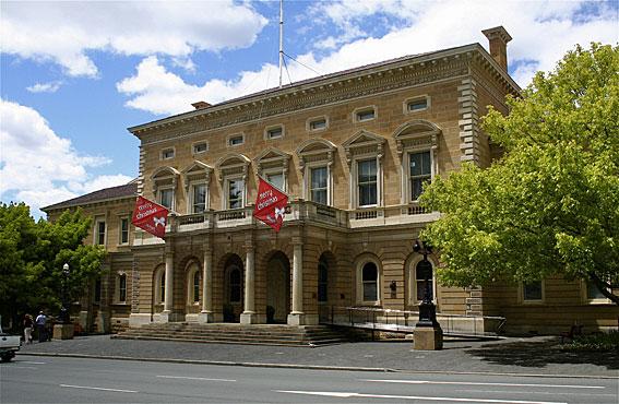 external image Hobart-Town-Hall-ext-TB.jpg