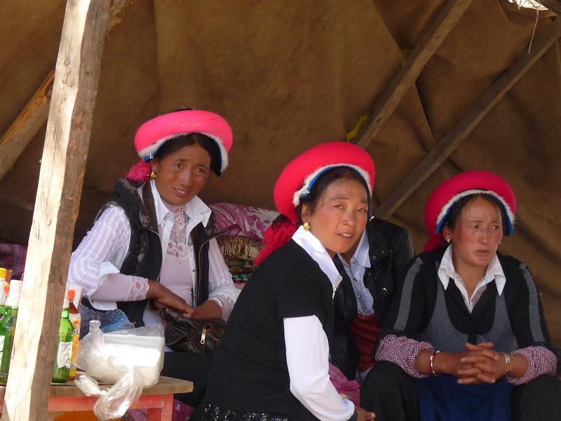 Chine. Yunnan.Shangri la Course hippique annuelle - P1250752.JPG