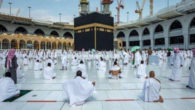 Arab Saudi Buka Umrah tapi Penerbangan dari RI Masih Ditangguhkan