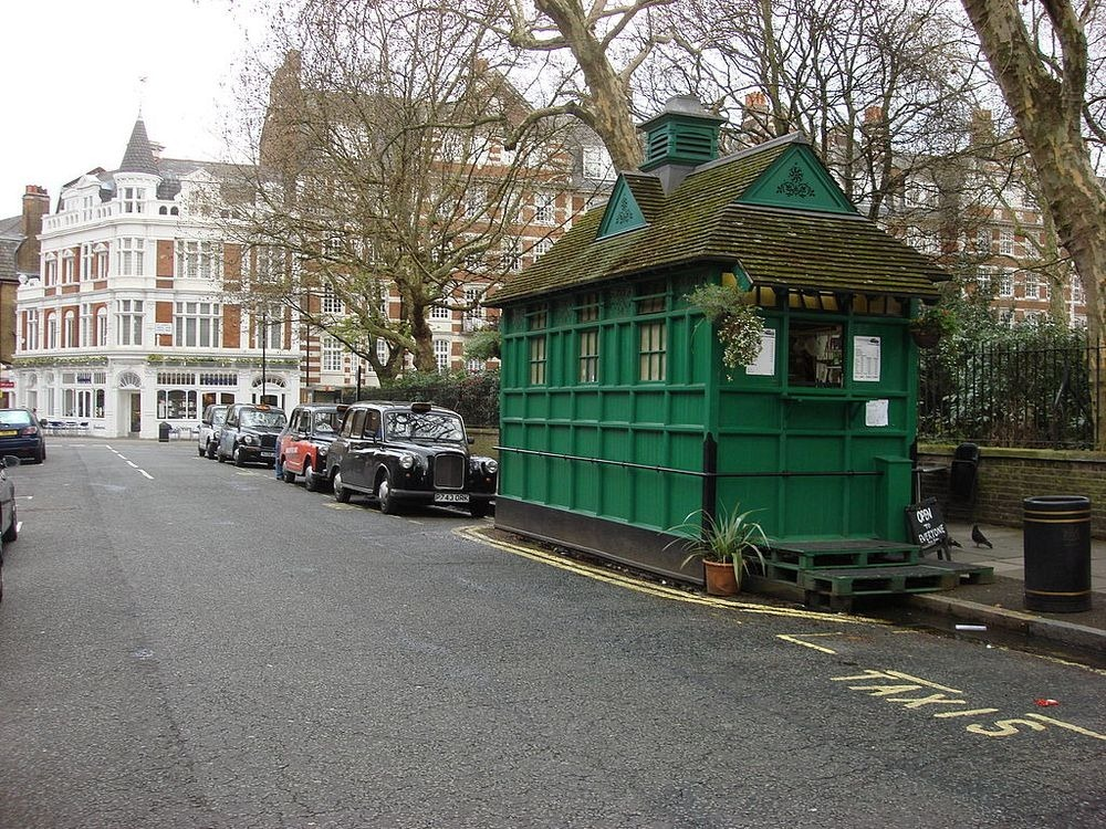 london-cabmen-shelters-1