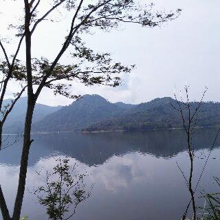 foto keindahan waduk wadaslintang Wonosobo